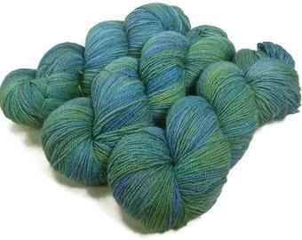 Handpainted Sparkle Fingering Yarn - Star Dust - 100 gm SEAGLASS - Merino Wool Nylon Stellina Sock Yarn - Lot #160211