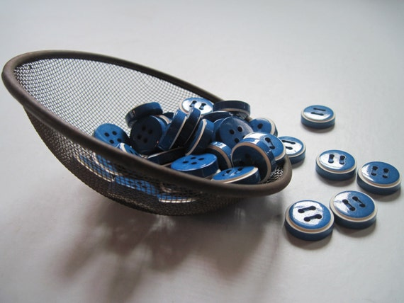 buttons small chunky blue and white set of 6