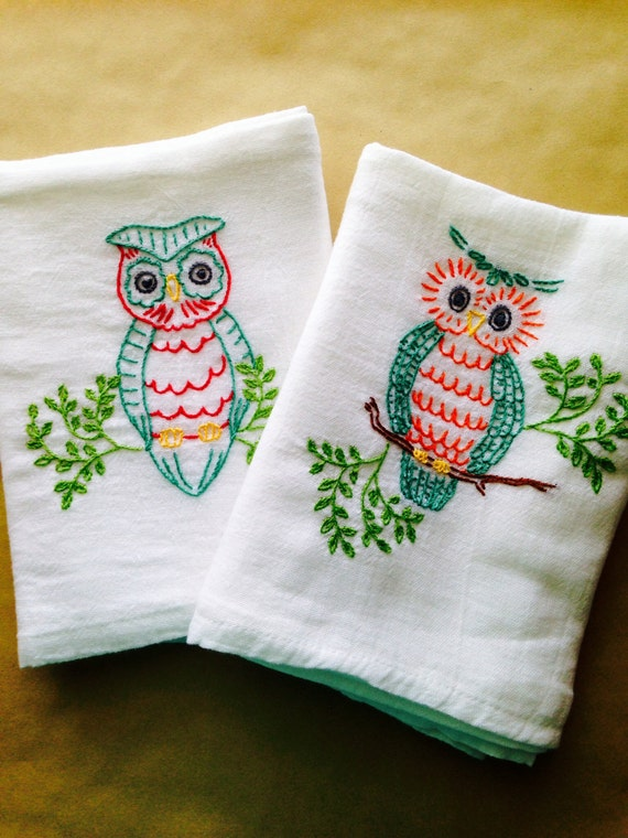embroidery designs kitchen towels hoot embroidered dish towels by stitchedkitchen on etsy 7053