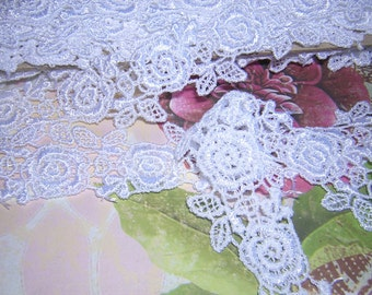 Victorian Inspired ROSE Chain WHITE Venise Lace Sewing Trim BTY