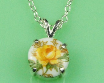 Vintage Yellow Rose Lucite Button Necklace
