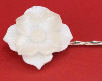 Large Vintage White Flower Hairpin