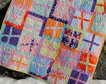PDF QUILT PATTERN.... Quick and Easy...uses Fat Quarters or yardage, Plus One