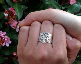Tree of Life Mother's Ring by donnaodesigns