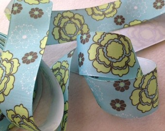 Grosgrain RIBBON - 1 1/2 Inch x 5 Yards -  Light Blue Flower Power