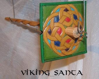 Viking Santa Drop Spindle ( EDS 0560 ) Leather whorle