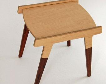 Jens side table petite