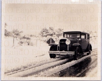 Great Antique Snapshot 'Man, I Need Some Snow Tires or Chains'  A Car Out Driving in the Snow 1920s 1930s