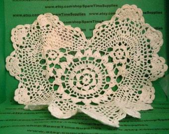 """Annie's Collection - PBC003W8  Victorian Doily - heart - 8"""" - white - 1 pc"""