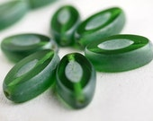 Emerald Green Czech Glass Bead 14x8mm Oval : 6 pc