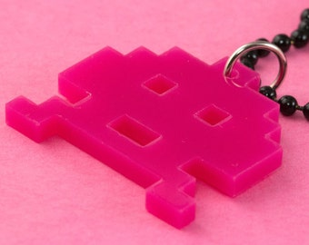 Space Invaders Necklace - Laser Cut - Pink - 80s Video Game Kitsch - Pixels