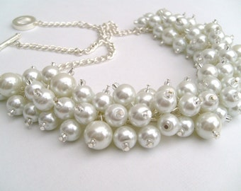 White Pearl Necklace, Bridal Jewelry, Beaded Necklace, Cluster Pearl Beaded Necklace, Cluster Necklace , Chunky Pearl Necklace, Wedding