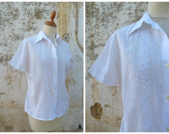Vintage   white cotton embroidered white blouse /shirt size M