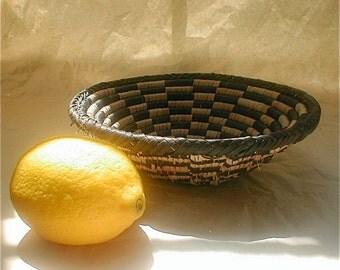 Vintage Native American Woven Bowl - Raffia Grass Coil Woven Basket - Traditional Design Vintage 60s