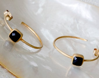 Simply dramatic matte gold and black onyx hoop earrings
