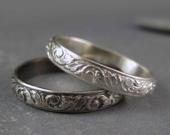 Floral silver ring - One sterling silver band  - Antique or bright  - Flower pattern - Leaf pattern - Garland pattern - Oxidized silver band