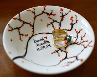 Fall Leaves Ring Dish - Customized Anniversary and Wedding Gift - Personalized Fall Wedding
