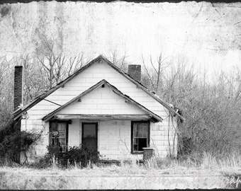 Abandoned house photography, SC country art, Cottage Chic photos, Grunge TTV photography, Rustic Black & White wall art 8x12 Fine Art Photo