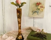 Vintage ambar glass Roses solitaire vase
