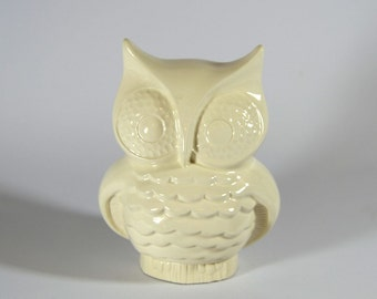 White Owl Bank Vintage Design