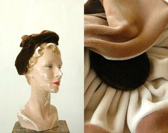 Vintage 1940s Chocolate Brown Velvet Hat EVELYNVARON