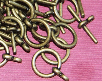 25 sets of Antiqued Brass finished Toggle clasps