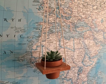 Redwood Pot Hanger - single