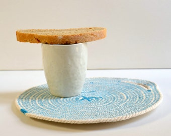 Set of 2 cotton rope coaster in natural white and turquoise with handle