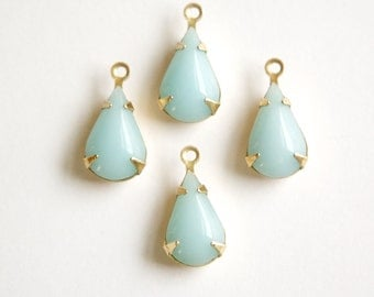 Vintage Calcedon Blue Glass Teardrop Stone 1 Loop Brass Setting par003AL