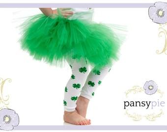 ON SALE! Green Leggings Shamrock Baby Todder Leg Warmers ADORABLE