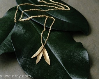 Gold 3 Leaf Necklace | Gold Necklace