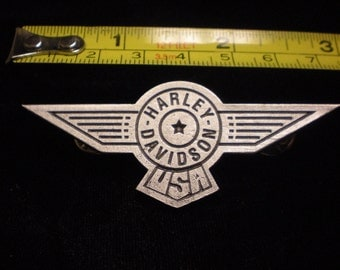 vintage harley davidson pin. LARGE fatboy pin FANTASTIC 3 inches wide