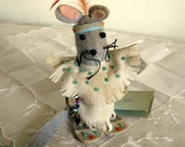 Dressed Felt Natve AMerican Indian Mouse Made in USA by Granny Bea