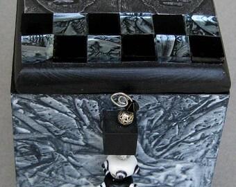 Faces Handpainted Glaze Wash White and Black Trinket Decorative Keepsake Box