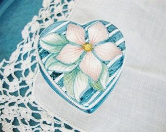 vintage ceramic heart shaped trinket ring box