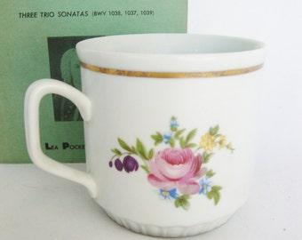 vintage mug tea cup cottage chic Dresden style porcelain