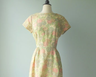 Sale Vintage Brocade 60s Dress