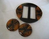 Set of VINTAGE Carved & Painted Bakelite Slide Belt Buckle and BUTTONS