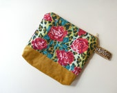 Zippered Pouch Velvet Leopard Cheetah Bag for Women Roses Linen