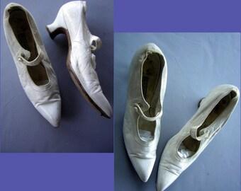 Vintage 1800s 1900s White Shoes Heels Edwardian Belle Epoch Wedding Slippers 6 AA Narrow