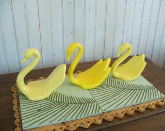 ONE vintage ceramic yellow swan towel holder