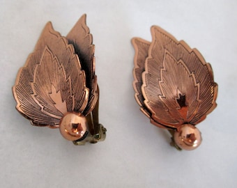 vintage copper leaf earrings - j5550