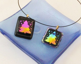 Christmas Tree Pendant necklace - Fused glass Christmas pendant - Christmas tree jewelry - Dichroic jewelry (1576)