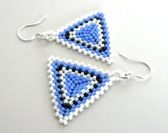 Blue  and Black Earrings, Beadwoven Triangle Earrings, Beaded Jewelry, Striped Earrings, Geometric Jewelry