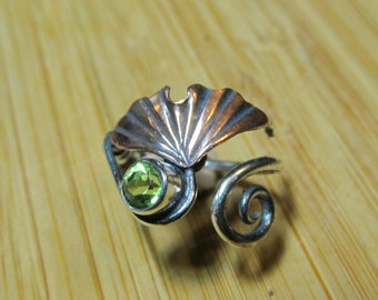 Medium Copper Ginkgo Adjustable Ring with Peridot and Sterling Silver