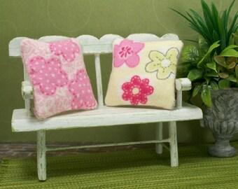 Pink Flowers Pillows 1:12 Dollhouse Miniatures Barbie Blythe Fashion Doll