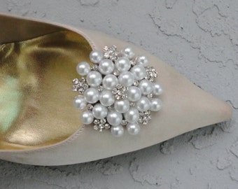 Wedding Bridal Party Pearls And Rhinestone Shoe Clips Set Of Two