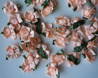 RIBBON FLOWERS , Light Peach with leaves , 12 pieces / 572