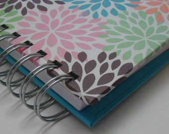 Mini Journal/ Gratitude Journal/ Pocket Size/ Grateful Journal/ Daily Gratitude/ Thankful Journal/ Year Journal/ 1 year/ Colorful Mums