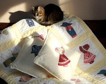 Queen sized Sunbonnet Sue Quilt and Pillows